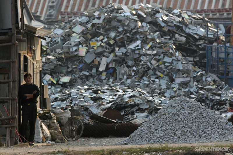 owner-of-an-e-waste-scrapping
